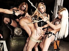 Dirty Mistresses Rip Up a Slave